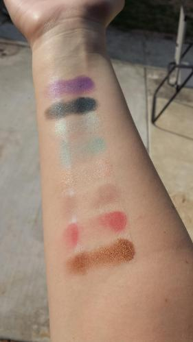 3 - Swatches Outdoors  Natural light